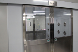 Material Airshower with Automatic Door